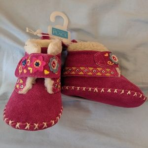 The Children's Place 3-6 Month Pink Moccasins
